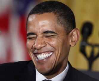 Media chuckle at bio on Obama's Kenya birth
