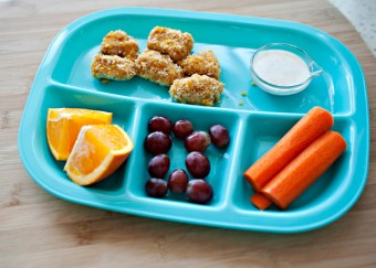 chicken-nuggets-lunch-tray