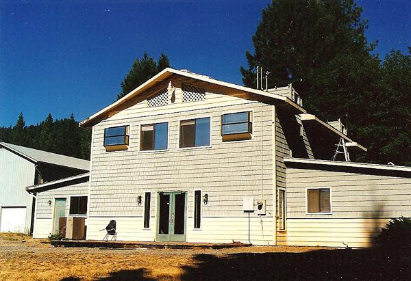 WND's original office on a ranch in Selma, Oregon. (photo: Joe Kovacs)
