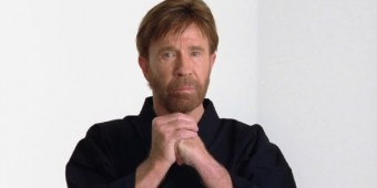 Chuck Norris beats back the weight - WND