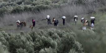120729refugeesz