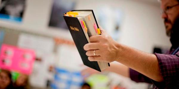 DOJ cancels plan to 'vigorously' defend religious rights