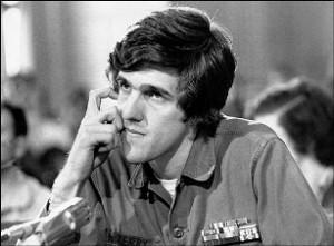 John Kerry testifying before a U.S. Senate committee in 1971