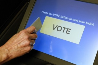 touchscreen-voting-machine