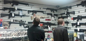 customers_gun_shop