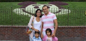 Saeed Abedini and family