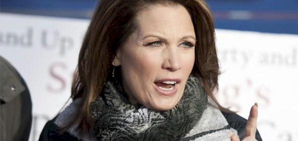 michele_bachmann_finger_raised