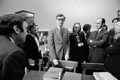 Hillary helped draft IRS charge against Nixon - WND