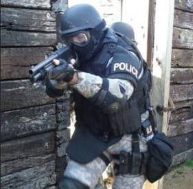SWAT32