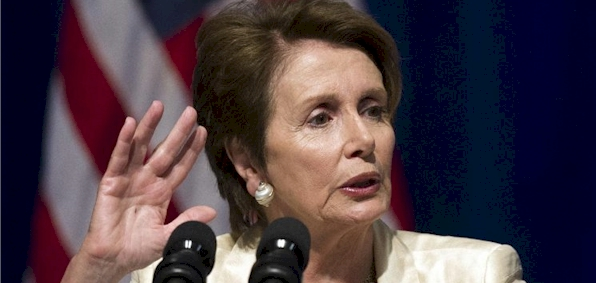 pelosi_hand_raised