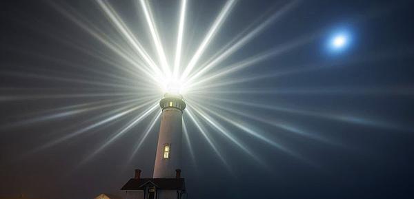 lighthouse-600