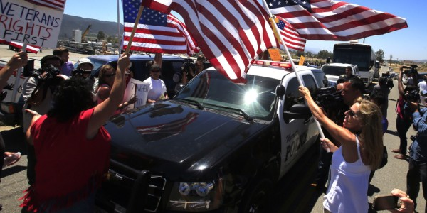 Protesters in Murrieta, California, blocking and turning away buses of illegal immigrants