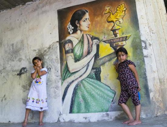 Indian poster style art on Yazidi Temple, Iraq/ Photo: Eric Lafforgue-Hindu Times