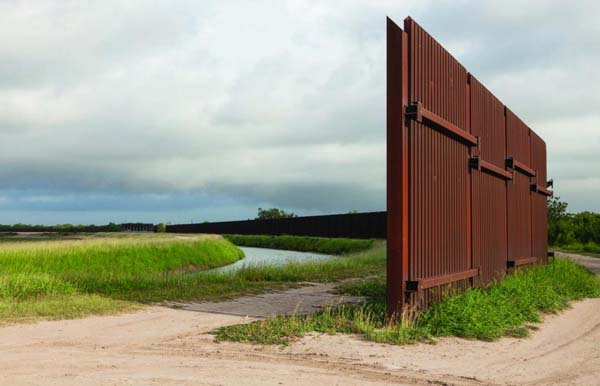 1 opening in the border fence, Rio Grande Valley, Texas