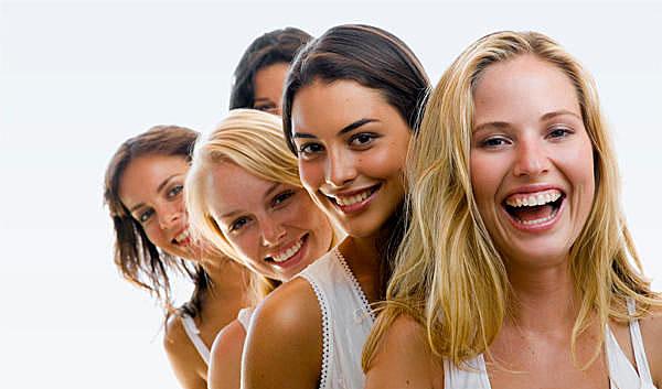 women-smiling-600