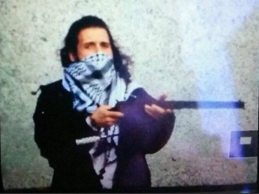 This photo on Twitter is purported to be Parliament shooter Michael Zehaf-Bibeau.