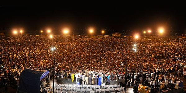 Throngs of Nigerians give their hearts to Jesus at a Christ for All Nations ministry event