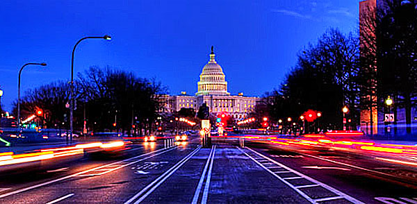 capitol-at-night-600