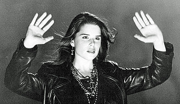 neve-campbell-the-craft-witchcraft-600