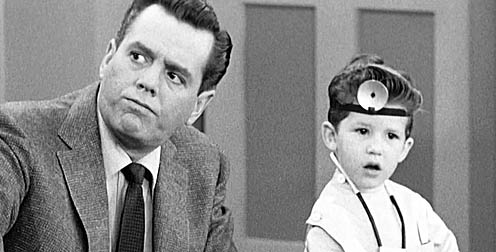 Lucy rerun doubles mad men finale ratings for Who played little ricky in i love lucy