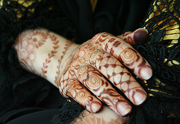 The intricate Henna adorning many Middle Eastern women are considered both stylish and an example of femininity (Photo: Anthony C. LoBaido)