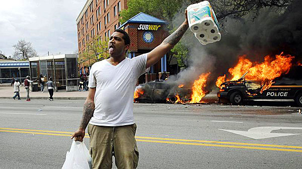 baltimore-riot-fire-looting-600
