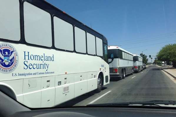 DHS caught busing in illegal Somalis from Mexican border - WND