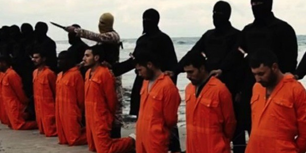 ISIS terrorists line up Christians to be executed