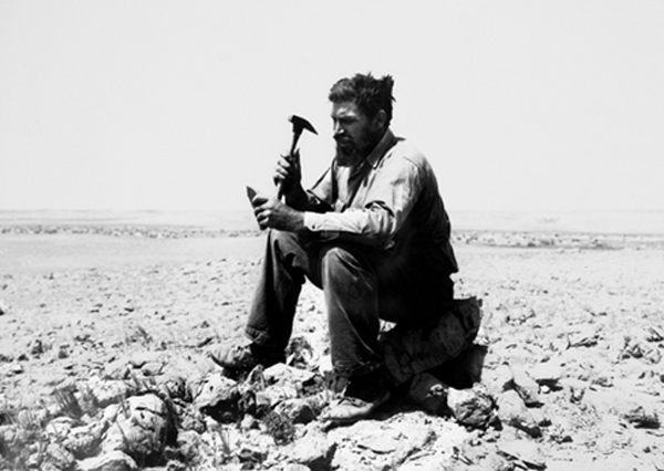 Max Steineke is pictured in this iconic photograph during one of his field surveys in Arabia