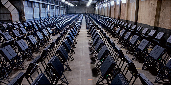 Electronic voting booths