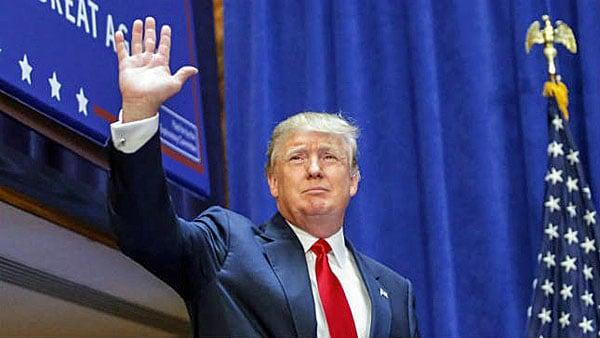 donald-trump-waving-600
