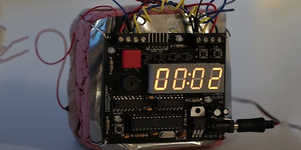 Ahmed Mohamed's clock looked like a bomb, Bill Maher said.