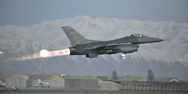 A U.S. Air Force F-16 Fighting Falcon takes off at Bagram Airfield, Afghanistan, Feb. 11, 2014 (Photo: U.S. Air Force)