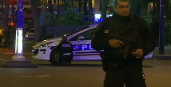 French police stand guard after a terror attack in Paris, Friday, Nov. 13, 2015 (Photo: Fox News screenshot)