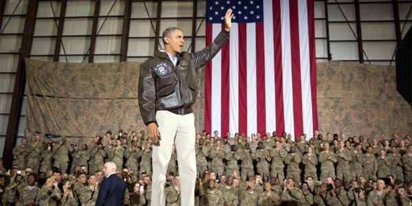 President Barack Obama thanks troops for their service as the U.S. hands over responsibility to Afghan forces at  Bagram Airfield in Bagram, Afghanistan, May 25, 2014 (Photo: White House)