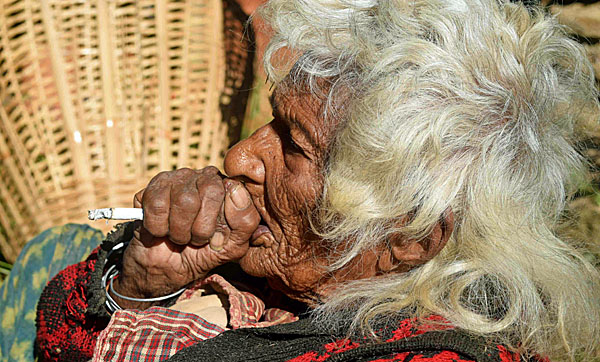 112 Year Old Woman Smokes 30 Cigarettes A Day