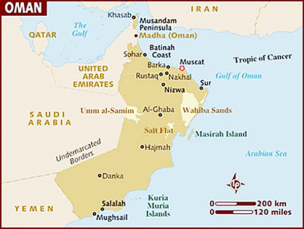 Oman is located in a strategic position near Iran, and borders the UAE, Saudi Arabia and Yemen. Despite this rough neighborhood, Oman is stable, peaceful, beautiful and safe – even for Western visitors