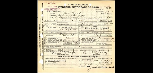 Cruz produces mother\'s birth certificate