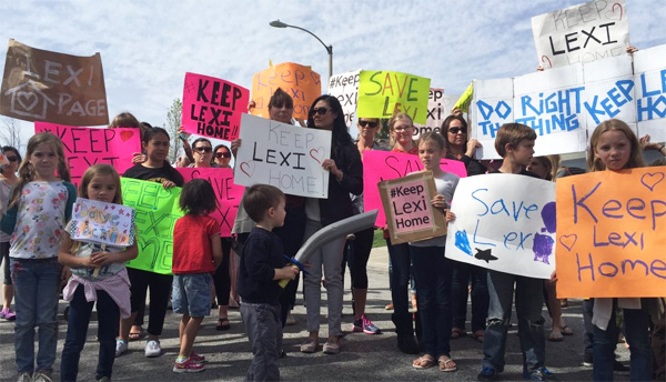 Families rally to keep Lexi Page at her California home with her family (Photo: Twitter)