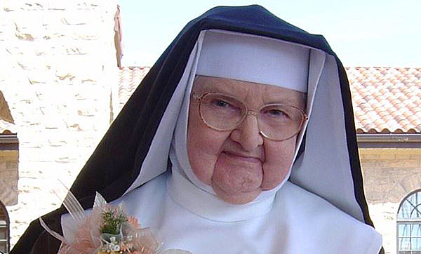 america u0026 39 s most famous nun dies on easter