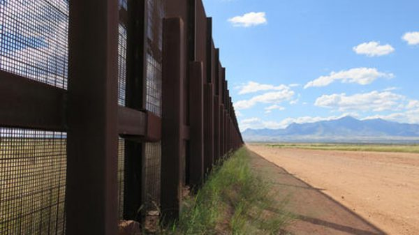 NM state lawmaker seeks to block border wall