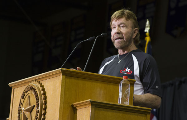 chuck norris drops truth bomb at texas college. Black Bedroom Furniture Sets. Home Design Ideas