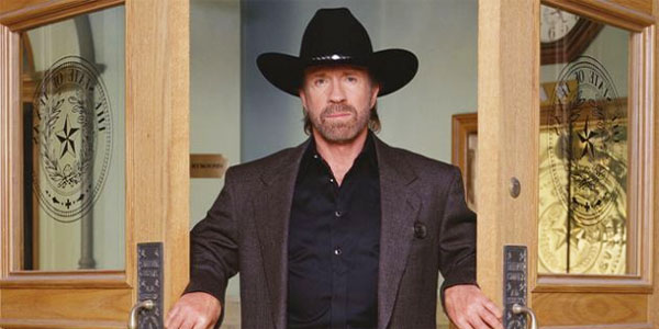 Chuck Norris Endorses Roy Moore for Senate