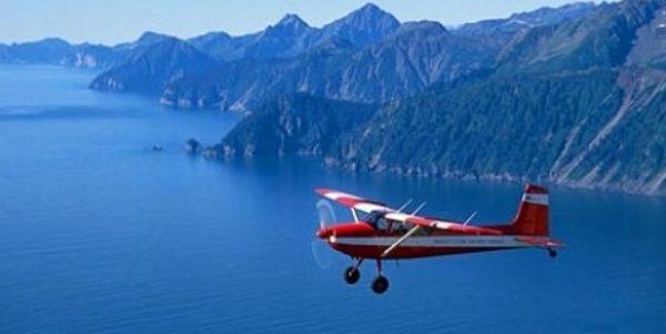 Plane Alaska
