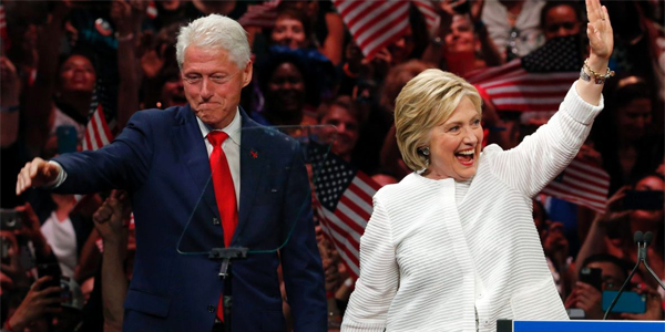 Bill and Hillary Clinton (Photo: Twitter)