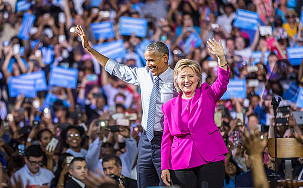 Hillary Clinton campaigns with Barack Obama in Charlotte, North Carolina, Tuesday, July 5, 2016 (Twitter)
