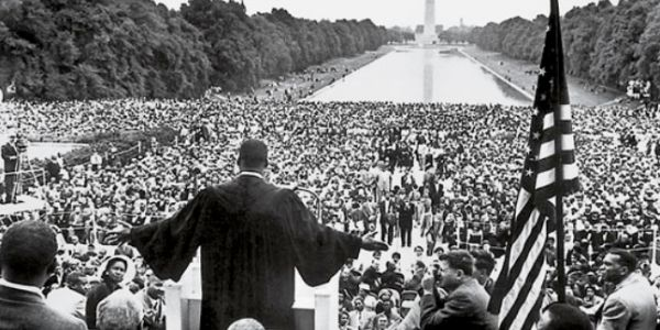 the message of martin luther king in his speech i have a dream Even though we face the difficulties of today and tomorrow, i still have a dream it is a dream deeply rooted in the american dream, martin luther king - boes.