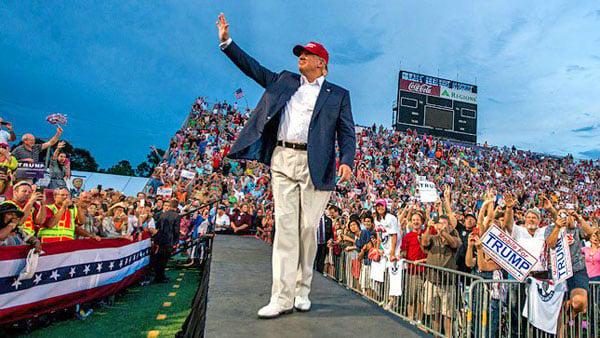 donald-trump-waving-rally-600-tw