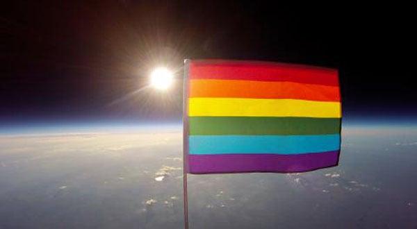 rencontre amicale gay flag à Mérignac