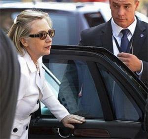 Hillary-Secret-Service-TW.jpg